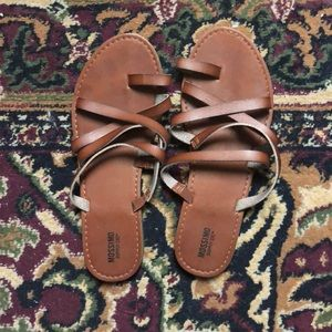 Shoes - Mossimo size 7 1/2 sandals